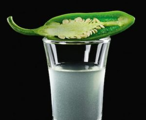 Tequila infusa jalapenos